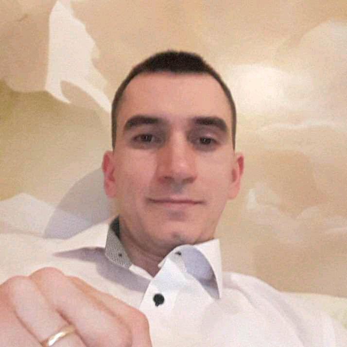 Бабюк Денис, представитель компании Babiuc Galina